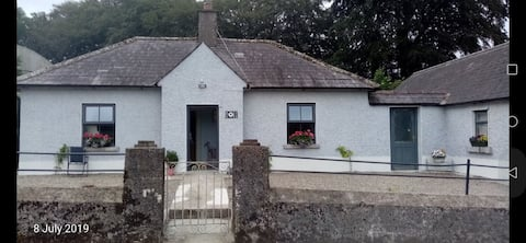 Wooly Sheep Cottage, Crehelp, Co. Wicklow#