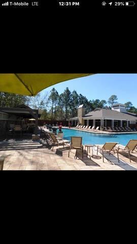 Ocean Springs Home 1 bedroom/1 bath 2 guests