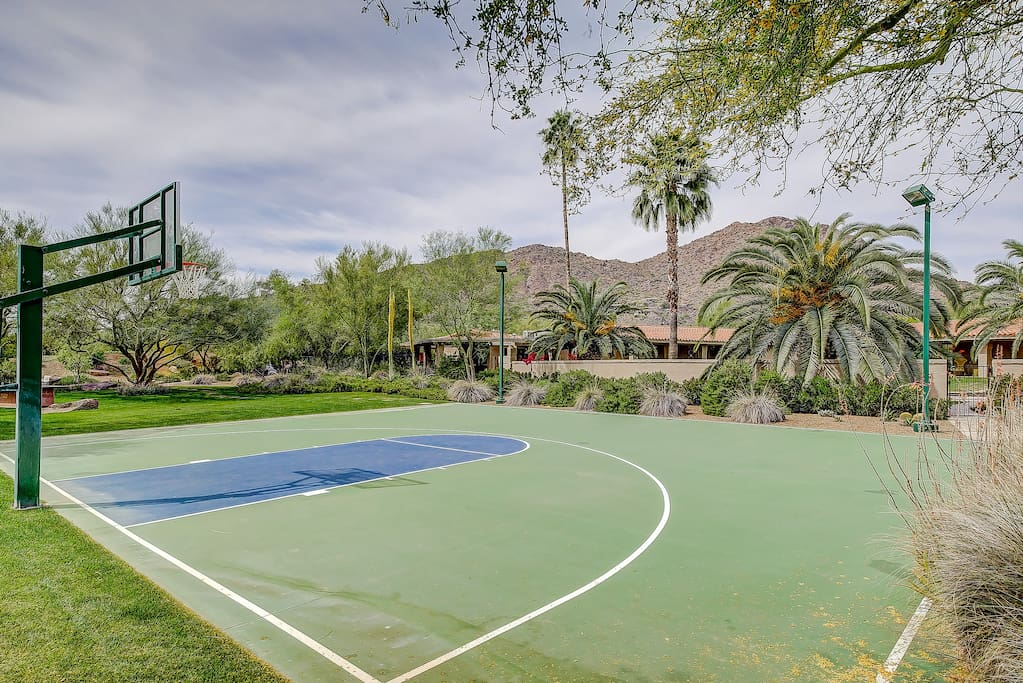 Basketball court with views of Camelback Mountain