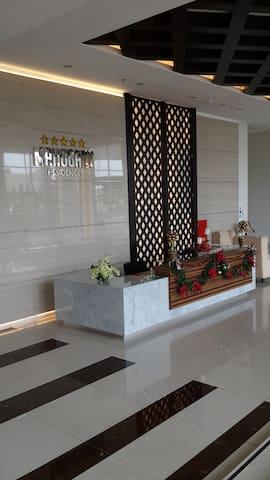 The Oasis Apartement Unit 2118 Cikarang Bekasi