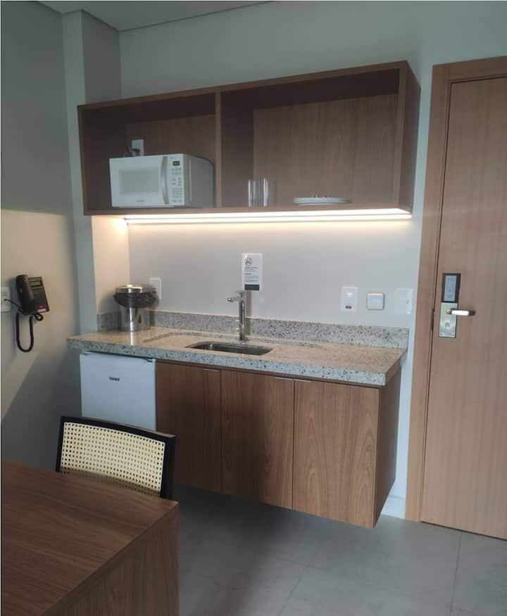 Apartamento  em condomínio/ Resort