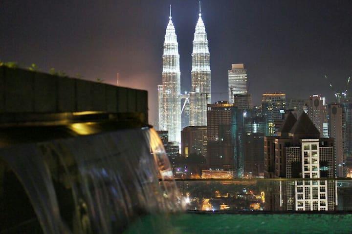 EXCLUSIVE HOMESTAY #2 @ REGALIA - Kuala Lumpur