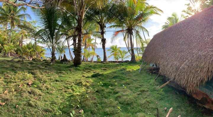 ENSUEÑOS. Cabaña Roca. Little Corn Island