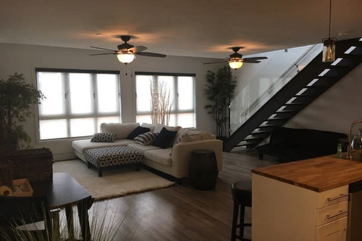 Located in Downtown Saugatuck. - Saugatuck - Osakehuoneisto