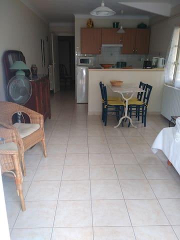 Appartement T2 en rez de jardin - Carry-le-Rouet
