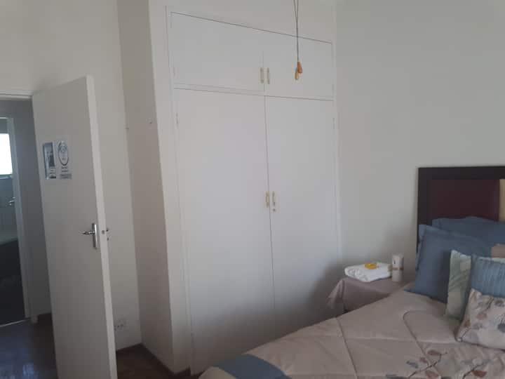 C - Land guest room 3