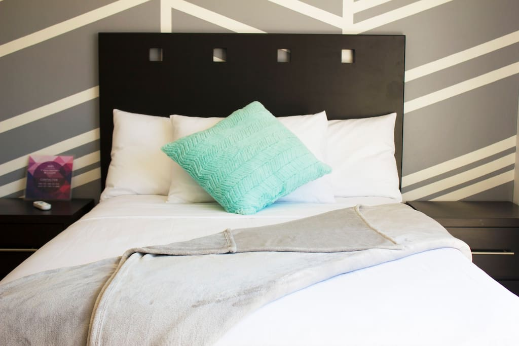 Cama Matrmonial / Double Bed