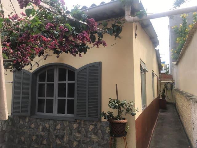 Praia do Forte, suite com entrada independente.