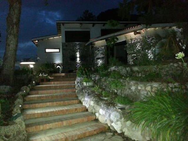 La casa del nonno - Cava de' Tirreni - วิลล่า
