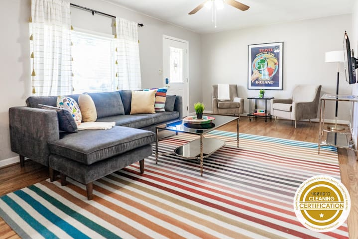 Adorable Home w/ Modern Design in Historic Dogtown