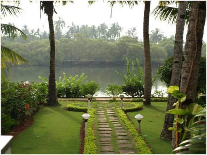 Goa Beach Resort, River side