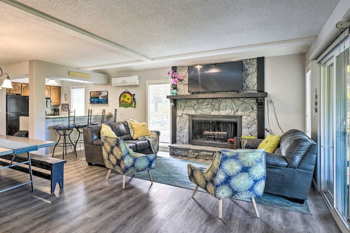 Margaritaville Home w/ Pvt Hot Tub on Golf Course!