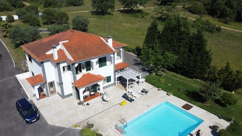Countryside Guest House with pool