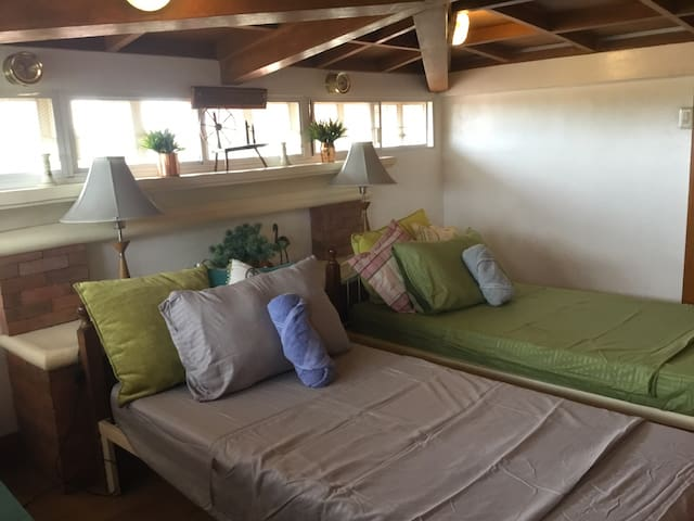 Budget Accommodation in green environment in Davao