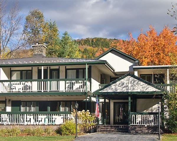 *Warren, VT, 1 Bedroom #2 /4989 - Warren - Appartement
