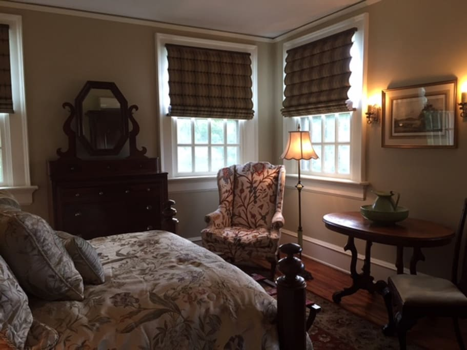 Shirley Room