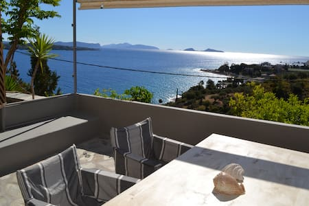 Stylish studio with breathtaking view - Spetses - Apartment