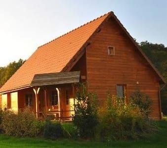 Maison bois 8 personnes - Saint-Fargeau