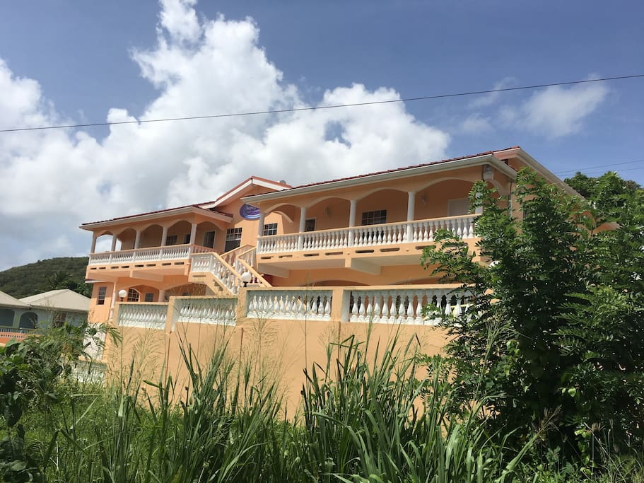Front view of Aupic Paradise Guest House & Apartments