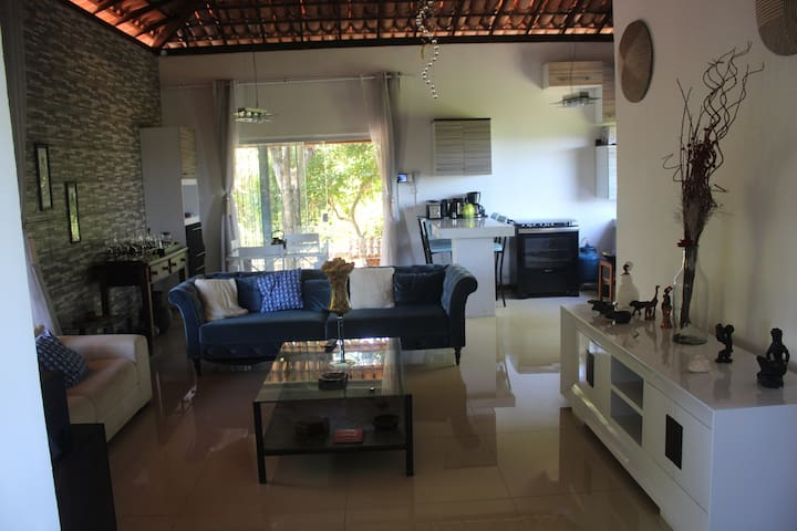 Sala e cozinha parte de cima