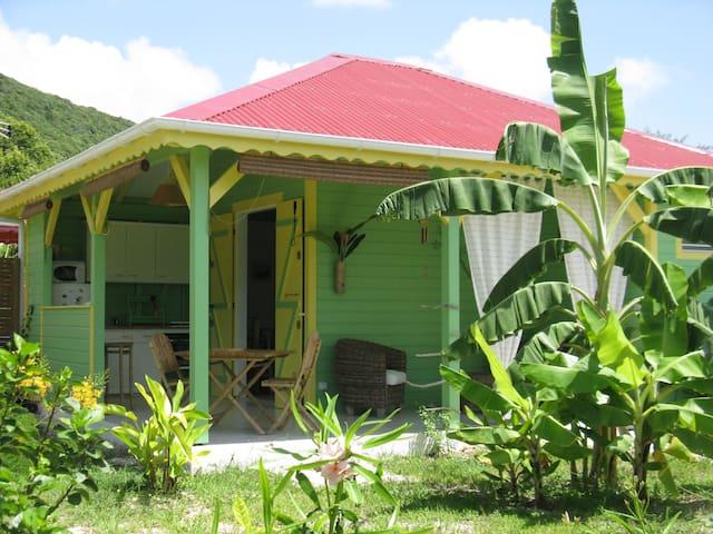 Citron Vert, bungalow créole proche de la plage ! - Capesterre-de-Marie-Galante - Bungalow
