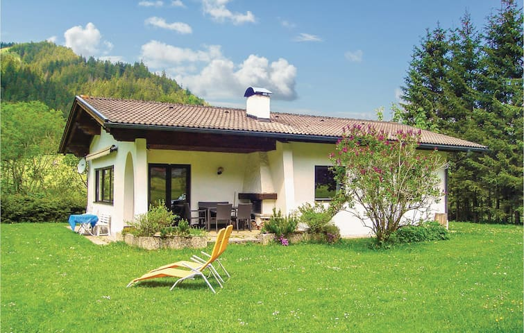 Holiday cottage with 2 bedrooms on 75m² in Tannheim