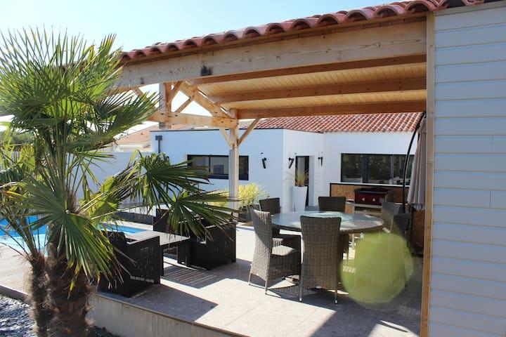 Villa les Îlots, à 2 pas de la mer - Bretignolles-sur-Mer - House