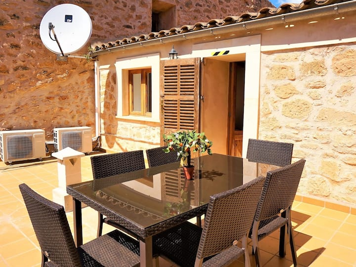 Can Climent - Townhouse with swimming pool in Lluchmayor, WIFI GRATIS