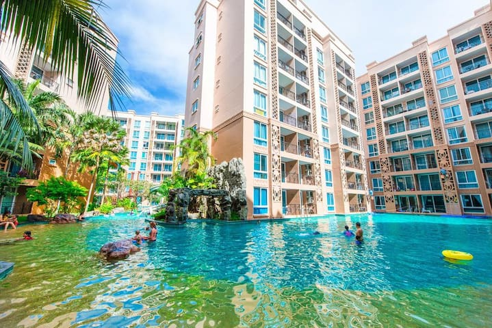 Pool access room,1 Bed,Atlantis 靠近游泳池1卧,离海仅300米!