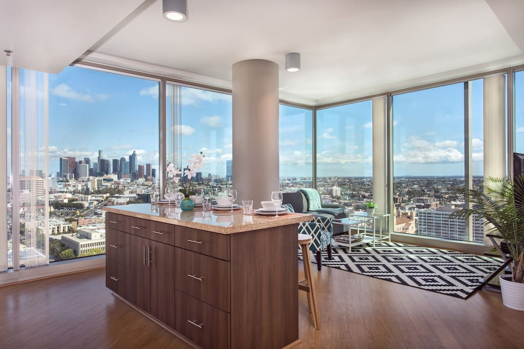 2bed 2bath la lux highrise views apartments for rent for Highrise apartments in los angeles