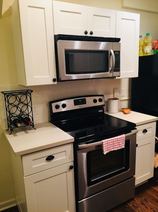 Oven, Microwave, Toaster Oven and Dishwasher all recently updated.