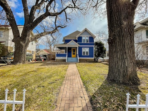 Charming Updated Historic Home Walk to Mayo Clinic