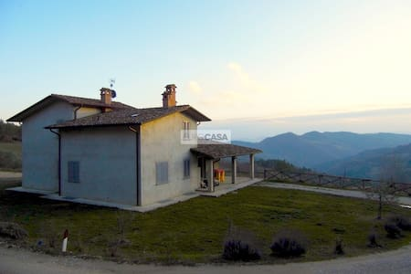 Casa in campagna di Monte Santa Maria Tiberina
