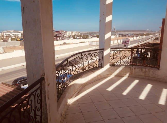 Appartement vu mer 150 m de la plage