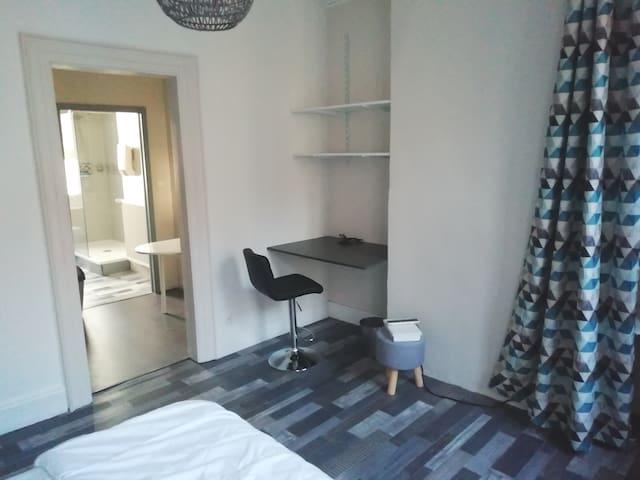 Appartement privé hyper centre de Boulogne S/Mer