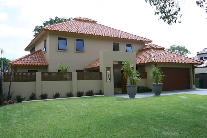 Perth Sanctuary - Luxury close to city/airport