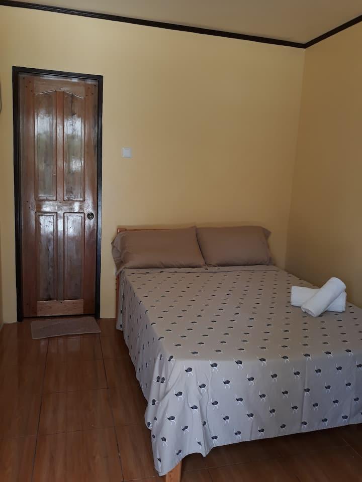Gardenview Room 8