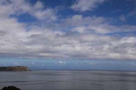 Coastal sanctuary - vast ocean view - Porirua