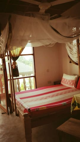 Private room with balcony and ocean view in Kendwa