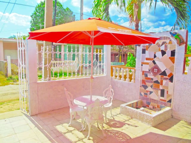 Come to my house ready to enjoy the beach T23 - Trinidad - House