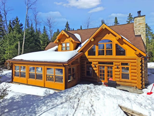 Cottage For Rent With a Pool - Blue Bear | Chalet Spa Nature