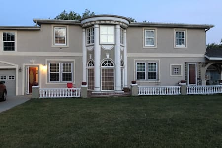 Vintage Winner Home - 3  HUNTERS WELCOMED !