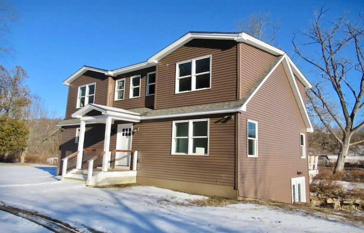 Great riverfront home 3 acres  near train station