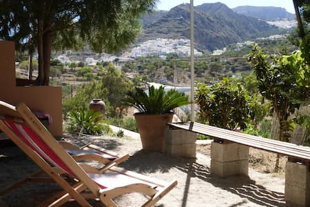 Quiet guesthouse for individualists & Greecelovers - Karpathos - Appartement