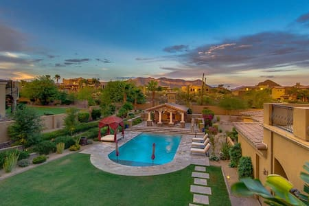 Resort Style Tuscan Villa - Holiday rates - Mesa