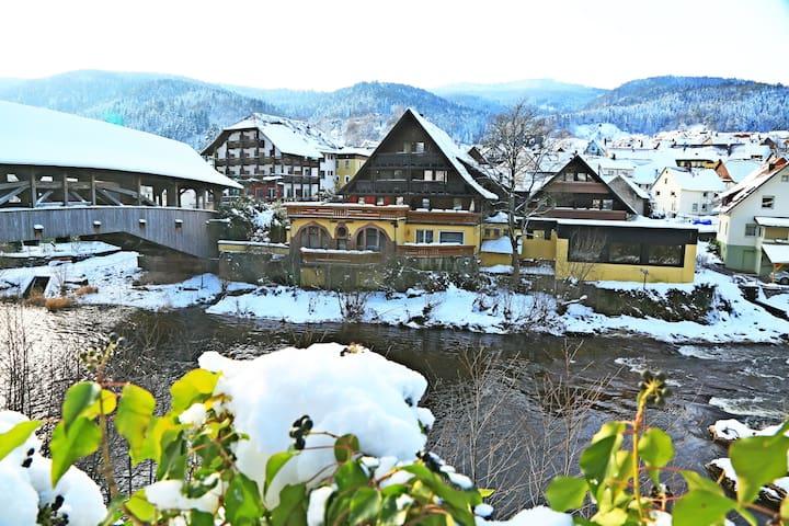 Arthotel Das Waldhaus - Forbach - ที่พักพร้อมอาหารเช้า