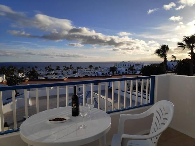 Eslanzarote Casa Vistamar en Puerto del Carmen, wifi,Pool, terrace