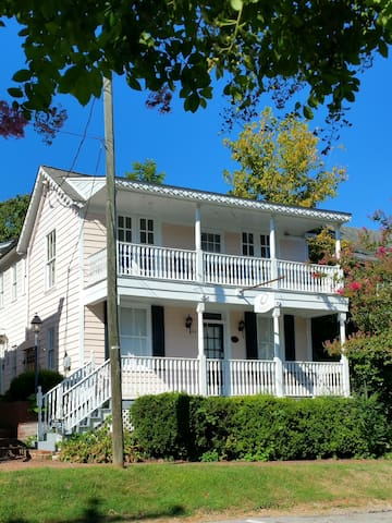 Beautiful 1BR/1BA in Historic Occoquan! 25m to DC! - Occoquan - Apartment