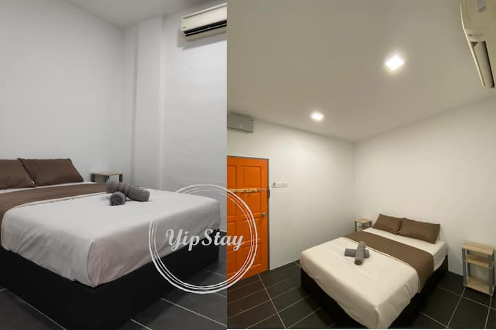 YipStay 104 | Budget Double Room | 2 pax