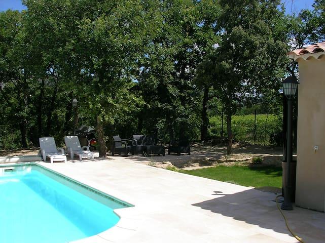 Jolie maison piscine privée - Aubignan - Dom wakacyjny